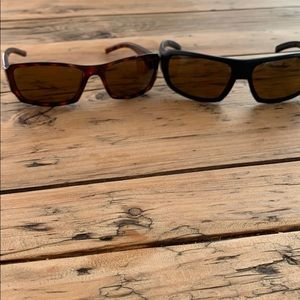 2 pairs of Smith Polarized sunglasses